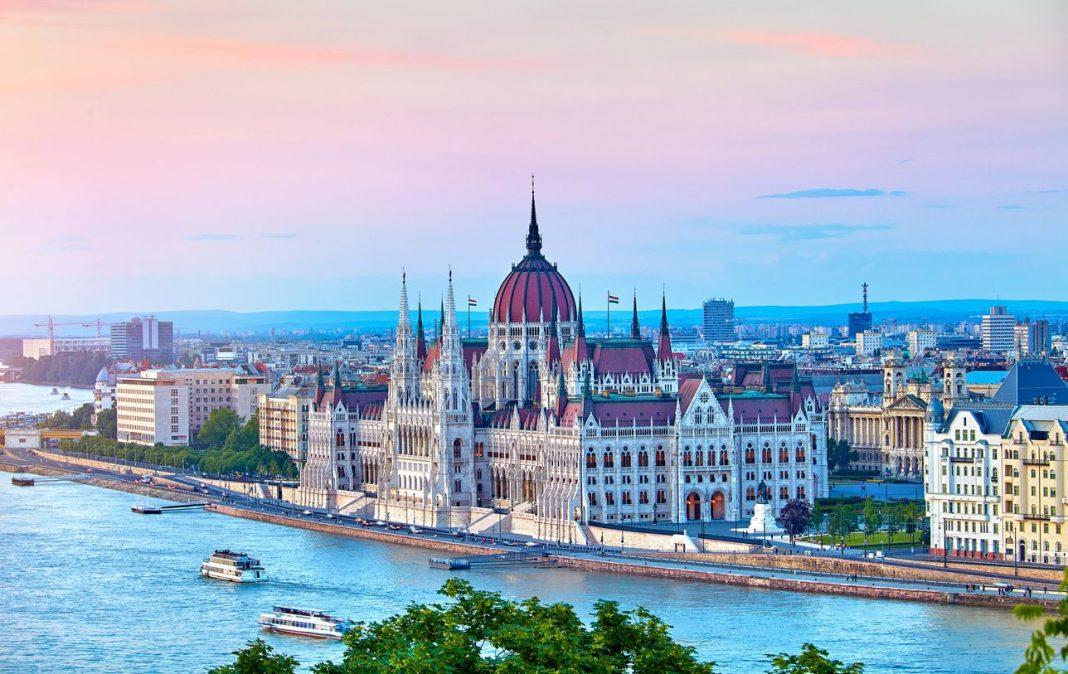Disse byene i Øst-Europa må du besøke i år» er låst Disse byene i Øst-Europa må du besøke i år